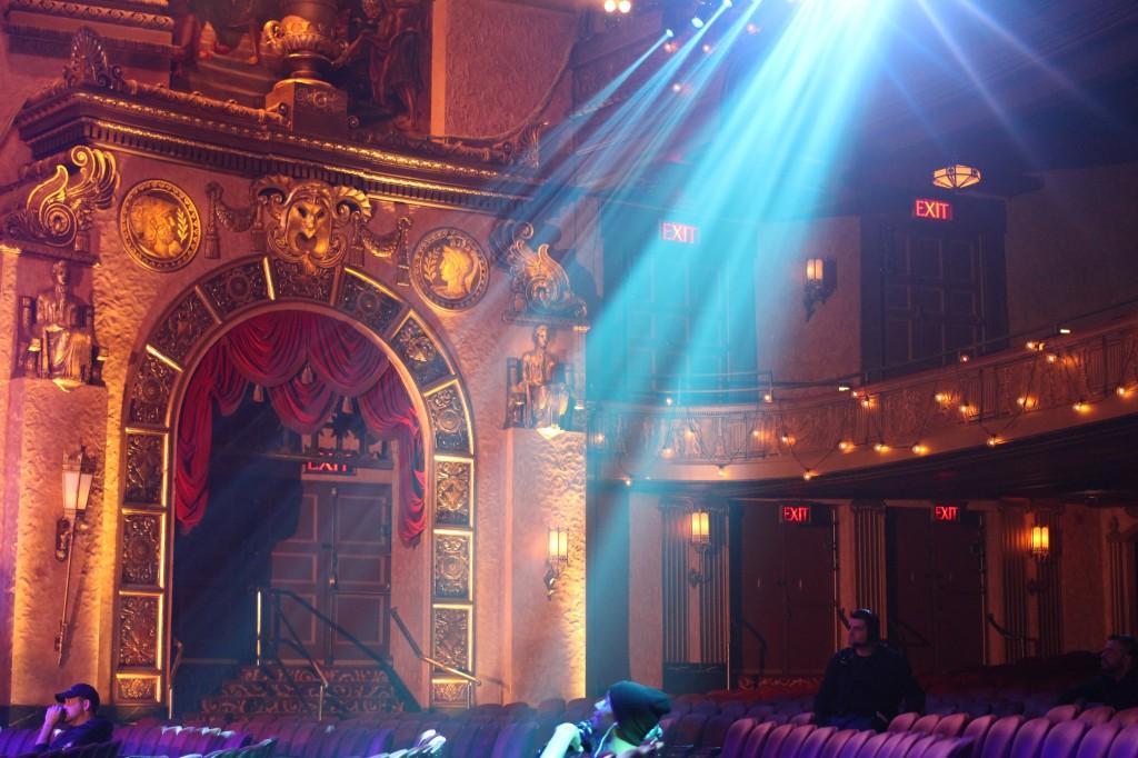 TLC-beacon-theater-vh1-super-bowl-blitz